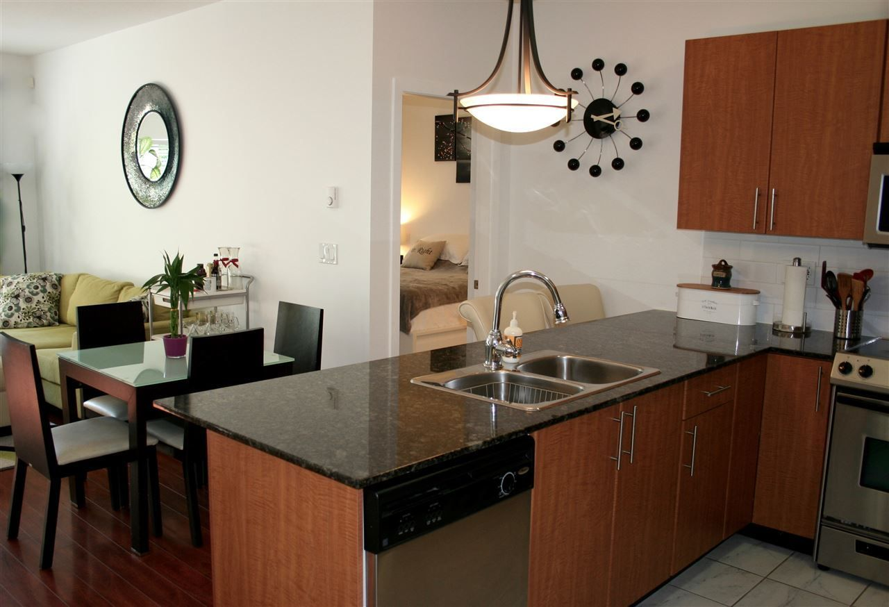 Photo 2: Photos: 106 2488 KELLY Avenue in Port Coquitlam: Central Pt Coquitlam Condo for sale : MLS®# R2216914
