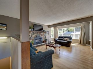 """Photo 12: 6345 ORACLE Road in Sechelt: Sechelt District House for sale in """"West Sechelt"""" (Sunshine Coast)  : MLS®# R2468248"""