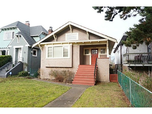 Main Photo: 4233 W 11TH AV in Vancouver: Point Grey House for sale (Vancouver West)  : MLS®# V1043009