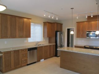 Photo 11: 10122 241A STREET in MAIN STONE CREEK: Home for sale