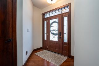 Photo 2: 12812 200 Street in Edmonton: Zone 59 House for sale : MLS®# E4228544