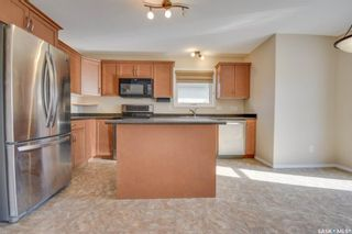 Photo 8: 320 Quessy Drive in Martensville: Residential for sale : MLS®# SK872084