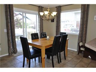 Photo 6: 586 FAIRWAYS Crescent NW: Airdrie Residential Detached Single Family for sale : MLS®# C3581908