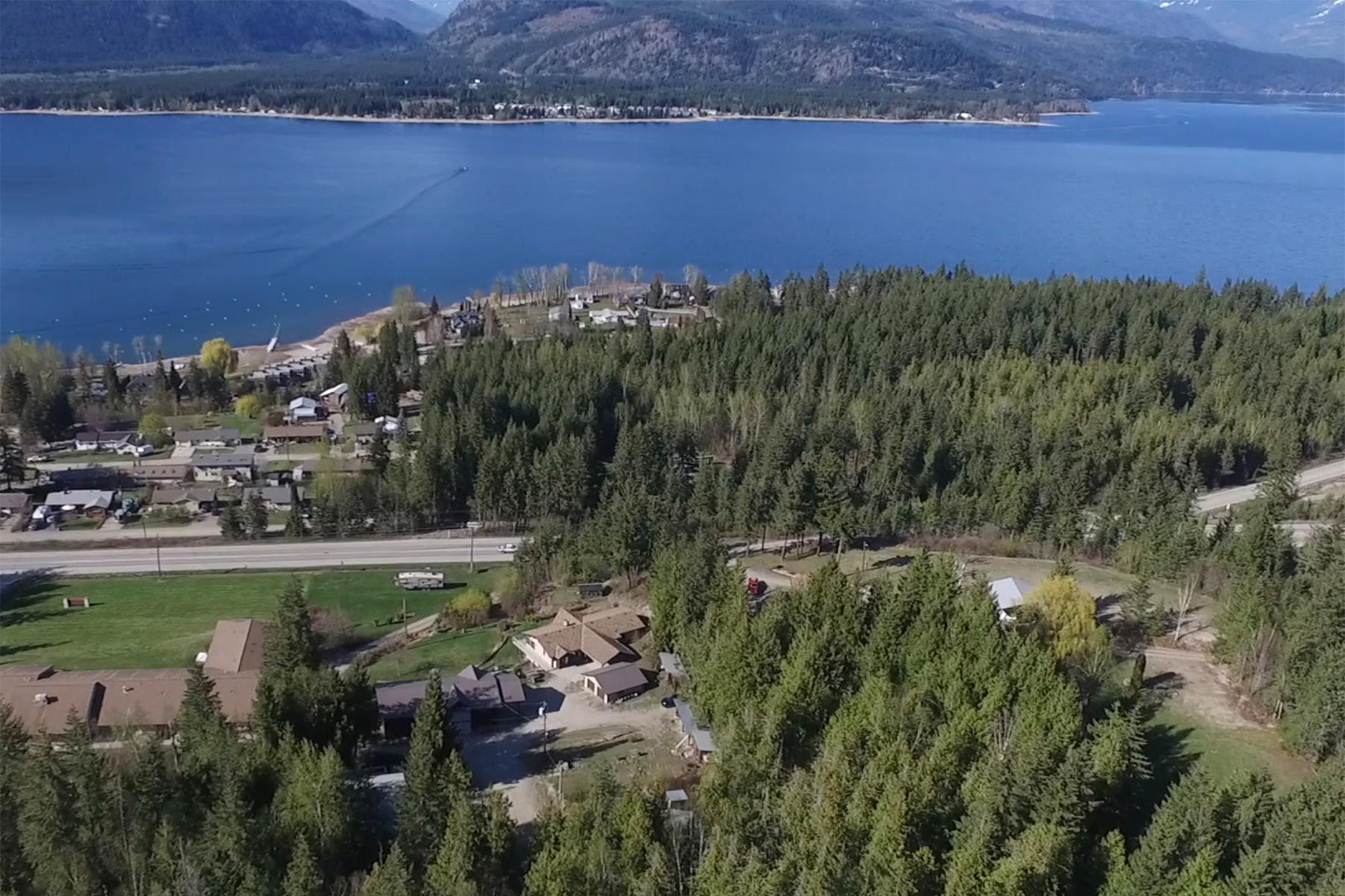 Photo 57: Photos: 1350 Trans Canada Highway in Sorrento: House for sale : MLS®# 10225818