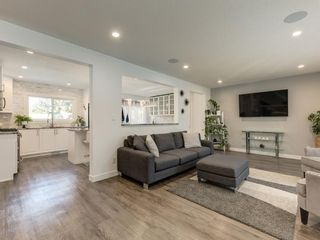 Photo 7: 1414 SPRINGFIELD Place SW in Calgary: Southwood Detached for sale : MLS®# A1060916