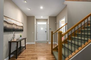 Photo 2:  in South Surrey: Home for sale : MLS®# R2131254