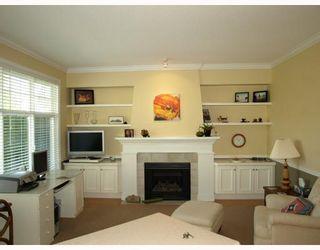 """Photo 8: 27 5900 FERRY Road in Ladner: Neilsen Grove Townhouse for sale in """"CHESAPEAKE LANDING"""" : MLS®# V666858"""