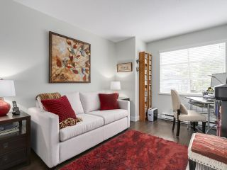 Photo 4: A3 240 W 16th Street in North Vancouver: Central Lonsdale Townhouse  : MLS®# R2178079