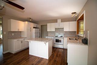 Photo 8: 16812 96 Avenue in Edmonton: Zone 22 House for sale : MLS®# E4246591