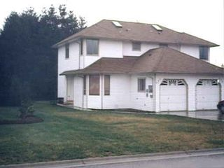 Photo 1: 630A BUNTING PLACE in COMOX: Residential Detached for sale : MLS®# 268817