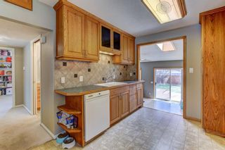 Photo 7: 724 35A Street NW in Calgary: Parkdale Detached for sale : MLS®# A1100563