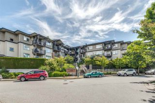 Photo 2: 311 400 KLAHANIE DRIVE in Port Moody: Port Moody Centre Condo for sale : MLS®# R2483122