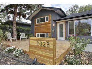 Photo 2: 2028 GLENWOOD Drive SW in Calgary: 3 Level Split for sale : MLS®# C3542268