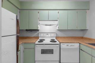 """Photo 11: 4712 48B Street in Delta: Ladner Elementary Townhouse for sale in """"FAIREHARBOUR"""" (Ladner)  : MLS®# R2619958"""