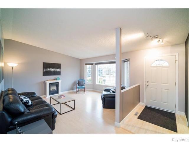 Photo 2: Photos: 419 Kirkbridge Drive in Winnipeg: Richmond West Residential for sale (1S)  : MLS®# 1627374