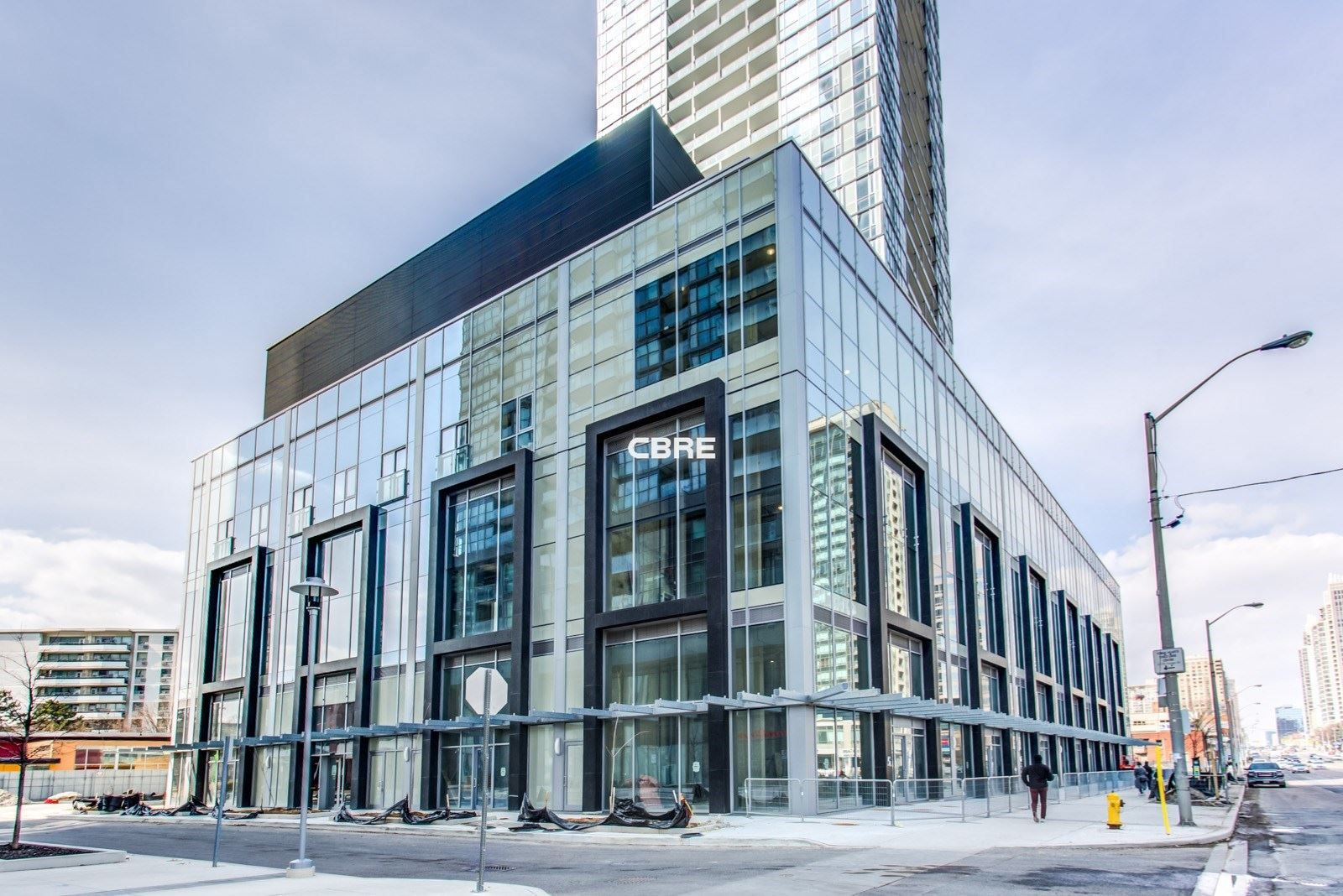 Main Photo:  in Toronto: Willowdale West Commercial for lease (Toronto C07)