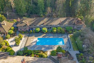 Photo 1: 107 235 KEITH ROAD in West Vancouver: Cedardale Townhouse for sale : MLS®# R2536176