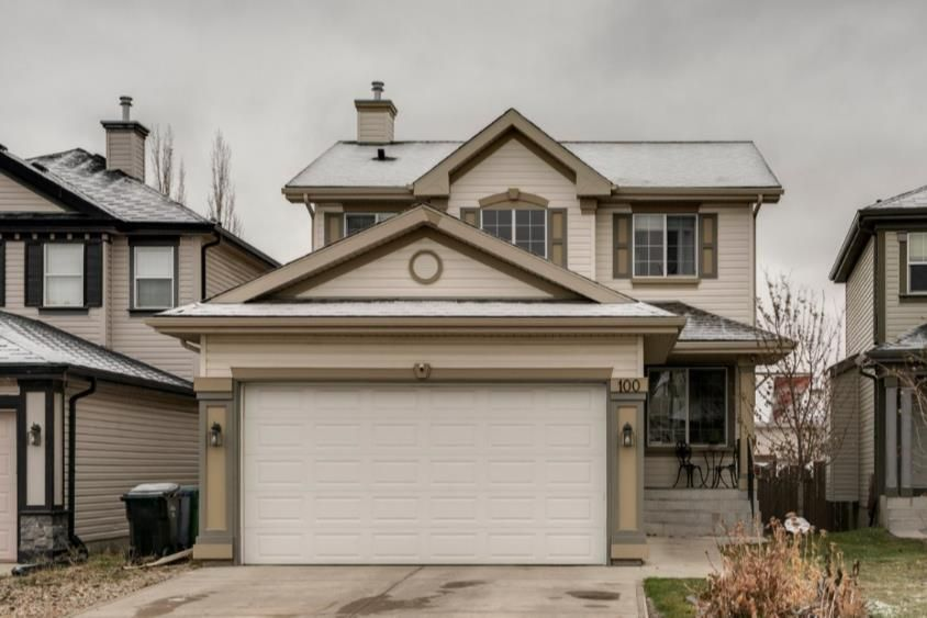 Main Photo: 100 Covehaven Gardens NE in Calgary: Coventry Hills Detached for sale : MLS®# A1048161