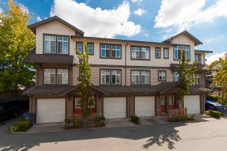 "Photo 1: 20 16233 83 Avenue in Surrey: Fleetwood Tynehead Townhouse for sale in ""Veranda"" : MLS®# R2302868"
