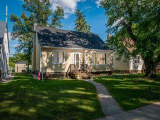 Photo 1: 242 Renfrew Street in Winnipeg: River Heights North Residential for sale (1C)  : MLS®# 202018278