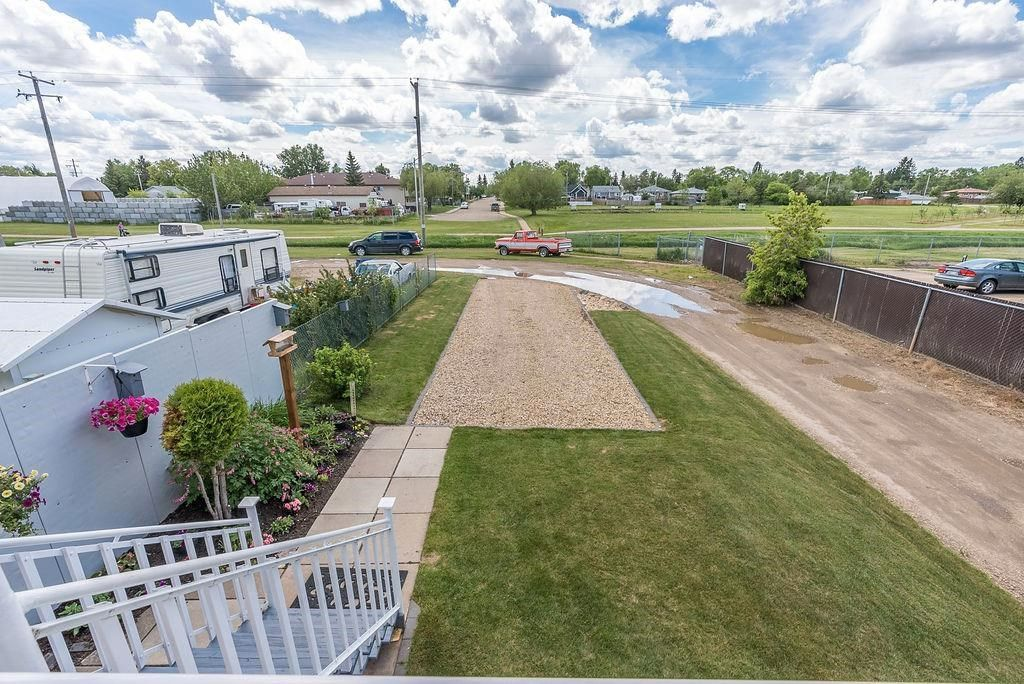 Photo 40: Photos: 5139 55 Avenue: Wetaskiwin Attached Home for sale : MLS®# E4249539