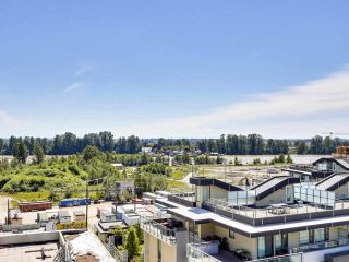 """Photo 1: 920 3557 SAWMILL Crescent in Vancouver: South Marine Condo for sale in """"RIVER DISTRICT - ONE TOWN CENTER"""" (Vancouver East)  : MLS®# R2580198"""