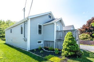 Photo 2: 1602 St Margarets Bay Road in Lakeside: 40-Timberlea, Prospect, St. Margaret`S Bay Residential for sale (Halifax-Dartmouth)  : MLS®# 202118143