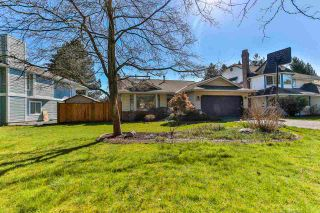 "Photo 2: 9266 154 Street in Surrey: Fleetwood Tynehead House for sale in ""BERKSHIRE PARK"" : MLS®# R2569764"