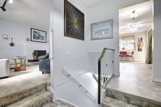 Photo 5: 7139 Hunterwood Road NW in Calgary: Huntington Hills Detached for sale : MLS®# A1131008