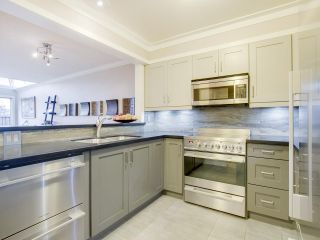 """Photo 12: 408 525 WHEELHOUSE Square in Vancouver: False Creek Condo for sale in """"HENLEY COURT"""" (Vancouver West)  : MLS®# R2123953"""