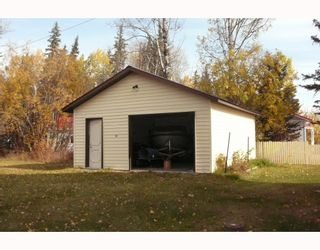 """Photo 8: 56805 BEAUMONT Road in Prince_George: Cluculz Lake House for sale in """"CLUCULZ"""" (PG Rural West (Zone 77))  : MLS®# N189147"""