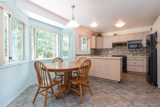 Photo 9: 1047 Adeline Pl in VICTORIA: SE Broadmead House for sale (Saanich East)  : MLS®# 791460