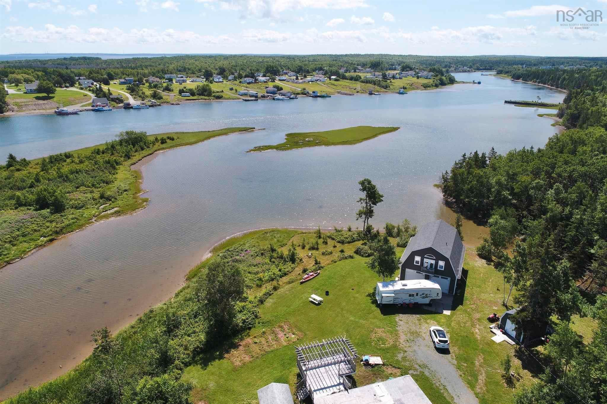 Main Photo: 696 Point Aconi Road in Point Aconi: 207-C. B. County Residential for sale (Cape Breton)  : MLS®# 202120612