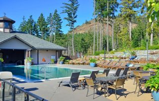 Photo 19: 304 1375 Bear Mountain Pkwy in : La Bear Mountain Condo for sale (Langford)  : MLS®# 859409