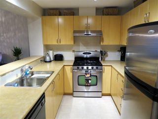 """Photo 5: 201 200 KLAHANIE Drive in Port Moody: Port Moody Centre Condo for sale in """"SALAL"""" : MLS®# R2222800"""