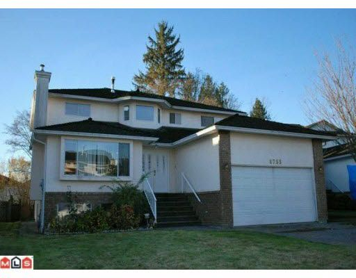 Main Photo: 8755 143A STREET in : Bear Creek Green Timbers House for sale : MLS®# F1003170