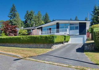 Photo 1: 4821 CARSON Place in Burnaby: South Slope House for sale (Burnaby South)  : MLS®# R2192145