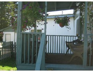 """Photo 2: 6810 LANGER Crescent in Prince_George: N73EM Manufactured Home for sale in """"EMERALD"""" (PG City North (Zone 73))  : MLS®# N172740"""