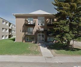 Photo 1: 19 Shaw Street in Regina: Coronation Park Multi-Family for sale : MLS®# SK874020