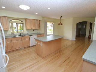 Photo 25: 944 Brooks Pl in COURTENAY: CV Courtenay East House for sale (Comox Valley)  : MLS®# 730969