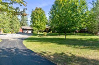 Photo 2: 5521 Northwest 10 Avenue in Salmon Arm: Gleneden House for sale : MLS®# 10239811