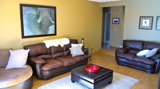 Photo 5: 9813 167A Avenue NW: Edmonton House for sale : MLS®# E3315070