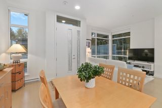 """Photo 9: 5413 LOUGHEED Highway in Burnaby: Parkcrest Townhouse for sale in """"SEASONS"""" (Burnaby North)  : MLS®# R2516986"""