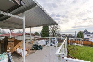 Photo 14: 942 STEWART Avenue in Coquitlam: Maillardville House for sale : MLS®# R2423899