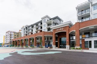 """Photo 3: 4501 2180 KELLY Avenue in Port Coquitlam: Central Pt Coquitlam Condo for sale in """"Montrose Square"""" : MLS®# R2615326"""