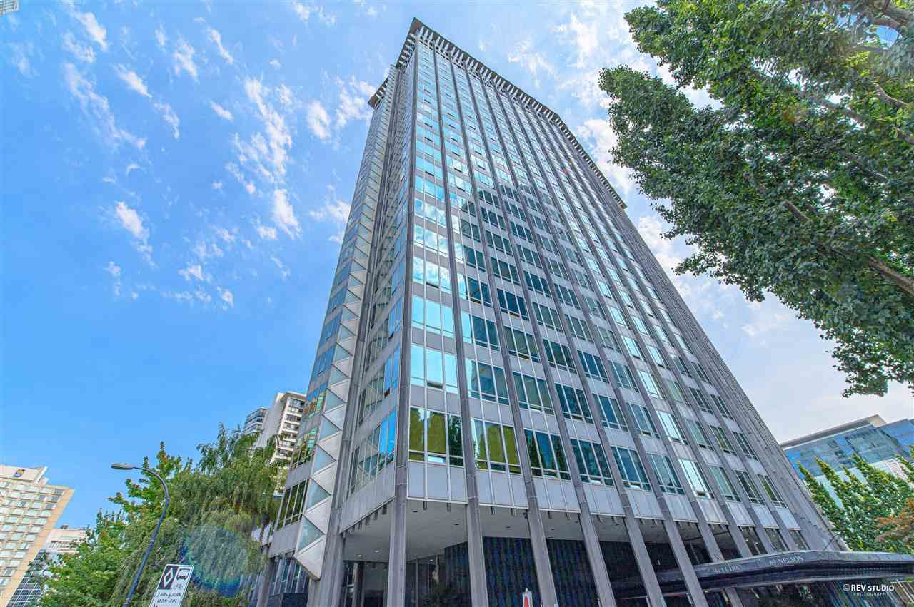 """Main Photo: 704 989 NELSON Street in Vancouver: Downtown VW Condo for sale in """"The Electra"""" (Vancouver West)  : MLS®# R2550182"""