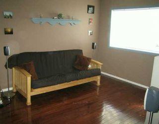 Photo 3: 835 MCCALMAN Avenue in WINNIPEG: East Kildonan Single Family Detached for sale (North East Winnipeg)  : MLS®# 2706897