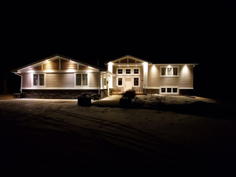 FEATURED LISTING: 5 52208 RGE RD 275 Rural Parkland County