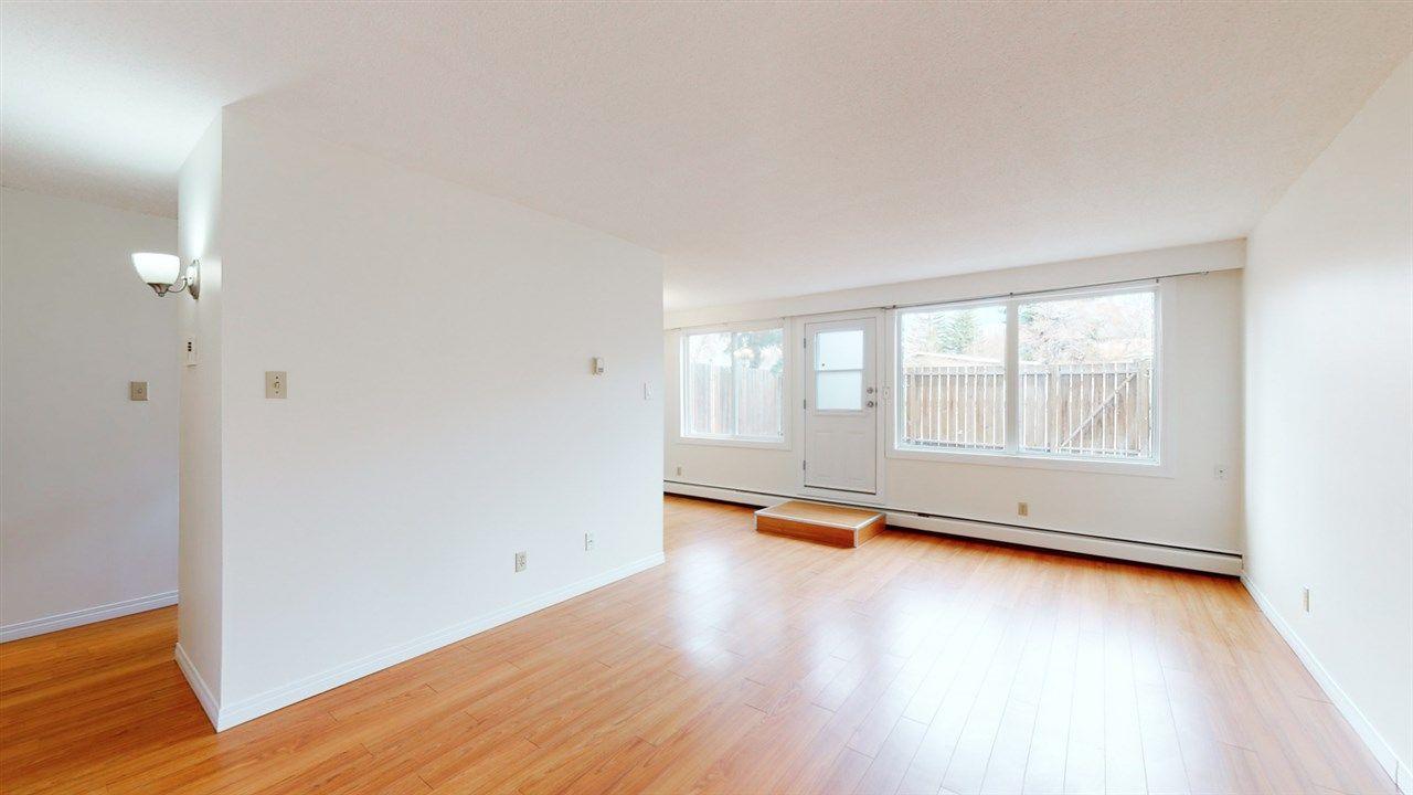 Main Photo: 109 7835 159 Street in Edmonton: Zone 22 Condo for sale : MLS®# E4240237