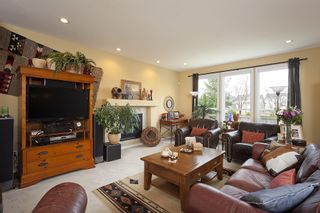Photo 5: 7157 196A Street in Langley: Willoughby Heights House for sale : MLS®# F1108097